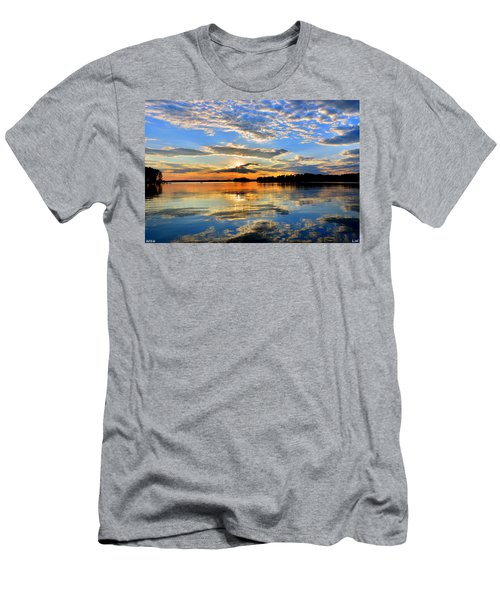 God's Glory Men's T-Shirt (Athletic Fit)