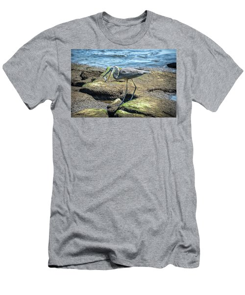 Great Blue Heron Catching A Blue Crab On Chesapeake Bay Men's T-Shirt (Athletic Fit)