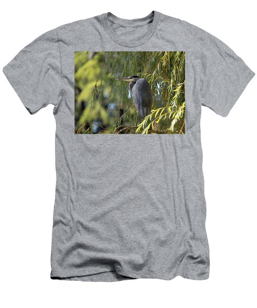 Great Blue Heron In A Willow Tree Men's T-Shirt (Athletic Fit)