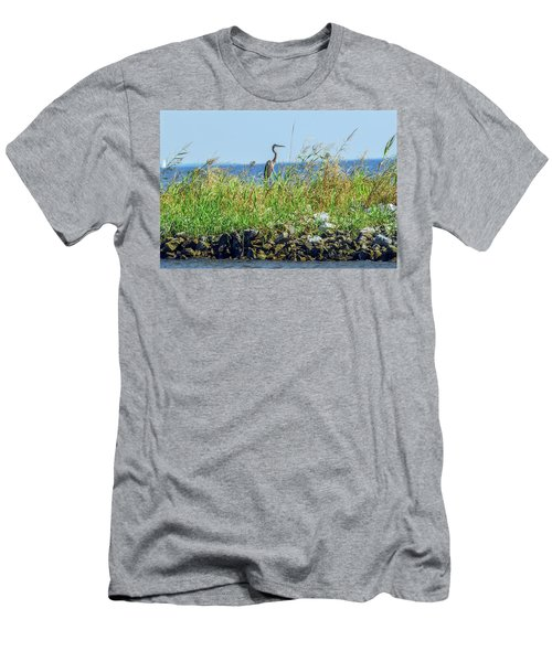 Great Blue Heron On Jetty Men's T-Shirt (Athletic Fit)