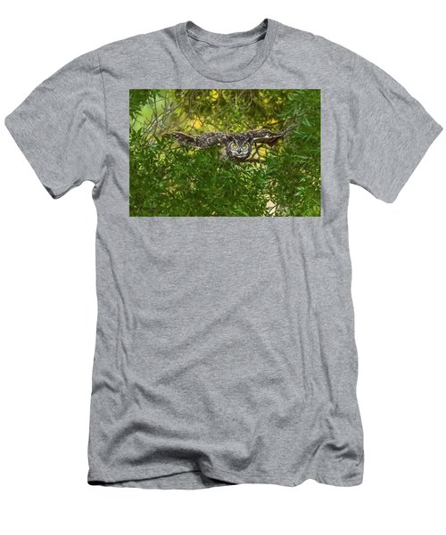 Great Horned Owl Take Off Men's T-Shirt (Athletic Fit)