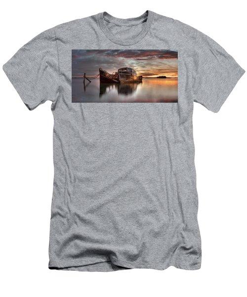 Greenpoint Sunrise Men's T-Shirt (Athletic Fit)