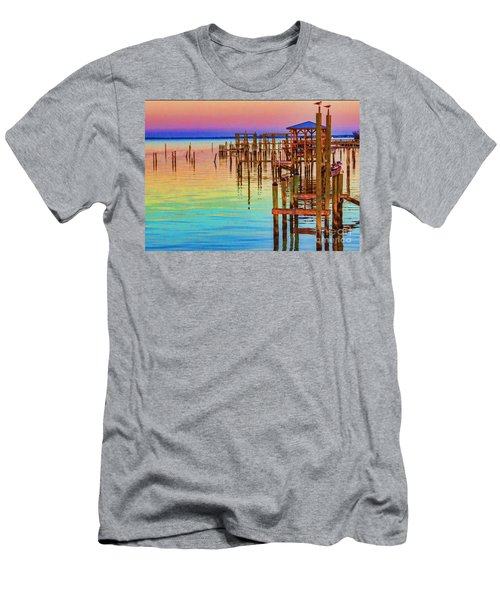 Guarding The Dock Men's T-Shirt (Athletic Fit)