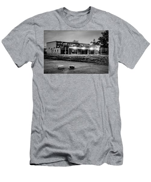 Hale Barns Square - Demolition In Progress Men's T-Shirt (Athletic Fit)
