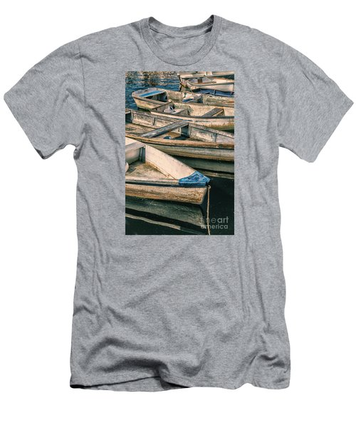 Harbor Boats Men's T-Shirt (Athletic Fit)