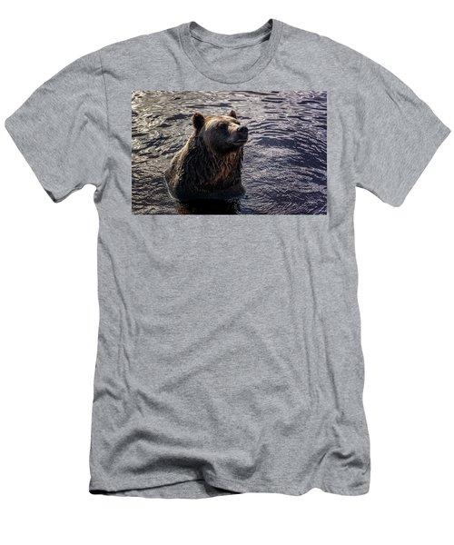 Having A Bath Men's T-Shirt (Athletic Fit)