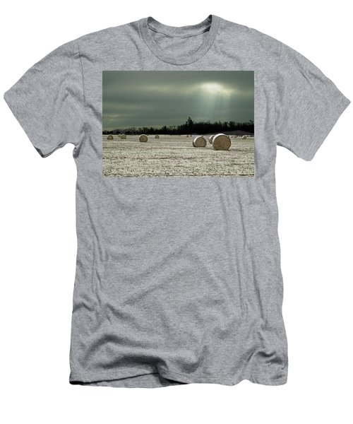 Hay Bales In The Snow Men's T-Shirt (Slim Fit) by Judy Johnson