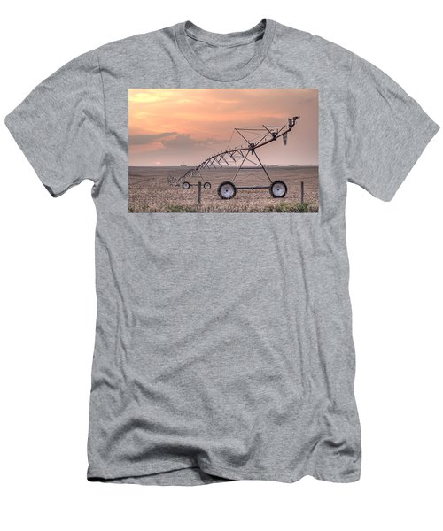 Hdr Sunset With Pivot Men's T-Shirt (Athletic Fit)