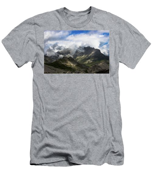 Head In The Clouds Men's T-Shirt (Athletic Fit)