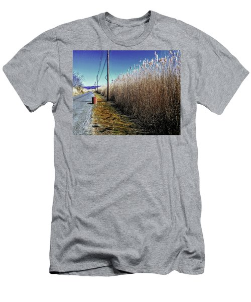 Hudson River Winter Walk Men's T-Shirt (Athletic Fit)