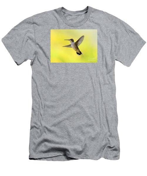 Hummingbird In Yellow Men's T-Shirt (Athletic Fit)