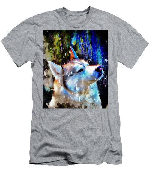 Husky Enjoying The Snow Men's T-Shirt (Athletic Fit)