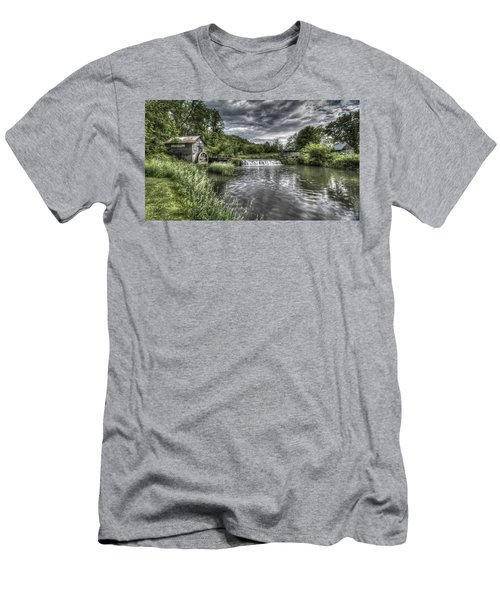 Hyde's Mill Men's T-Shirt (Athletic Fit)