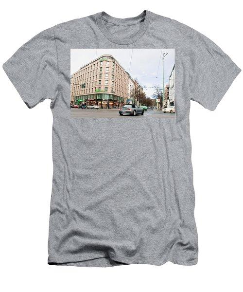 Ibis Berlin Men's T-Shirt (Athletic Fit)