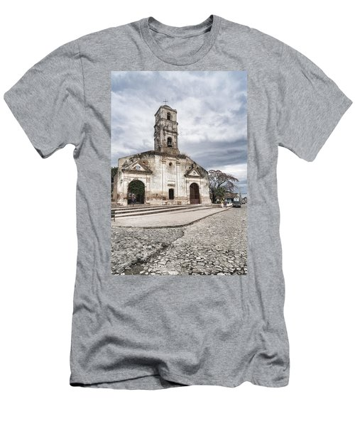 Iglesia De Santa Ana Men's T-Shirt (Athletic Fit)