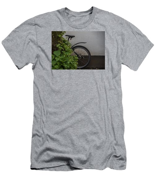 In Park Men's T-Shirt (Athletic Fit)