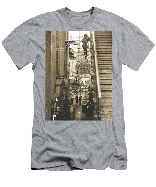 In The Middle Men's T-Shirt (Athletic Fit)