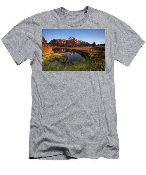 Jefferson Park Men's T-Shirt (Athletic Fit)