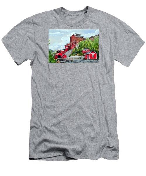Kennecott Men's T-Shirt (Athletic Fit)