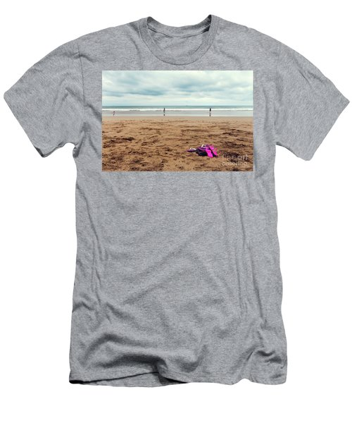 Men's T-Shirt (Athletic Fit) featuring the photograph Kick Off Your Shoes by Linda Lees
