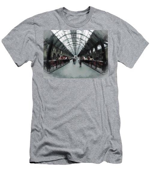 Kings Cross London Men's T-Shirt (Athletic Fit)