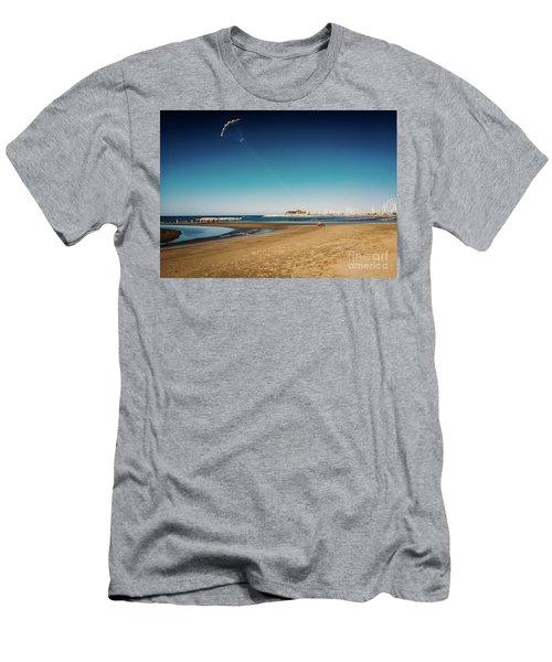 Kitesurf On The Beach Men's T-Shirt (Athletic Fit)