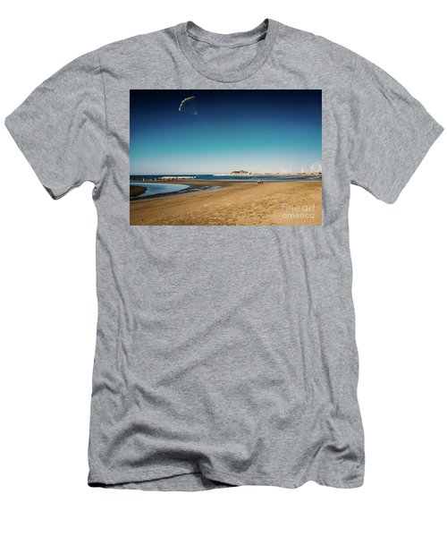 Kitesurf On The Beach Men's T-Shirt (Athletic Fit)