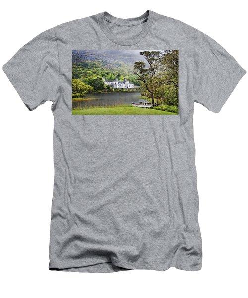 Kylemore Castle Men's T-Shirt (Athletic Fit)