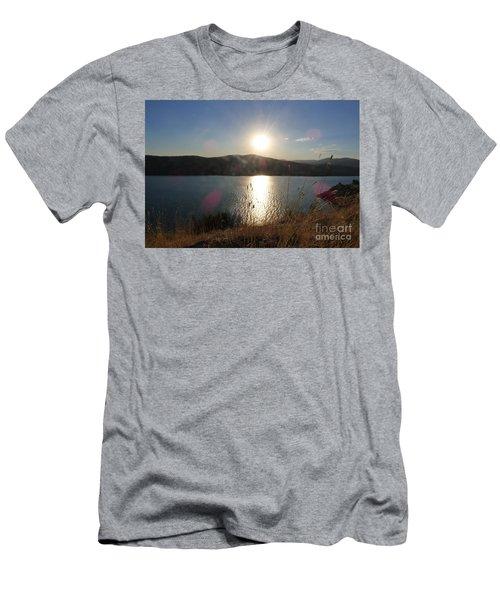 Lake Roosevelt Sun Men's T-Shirt (Athletic Fit)