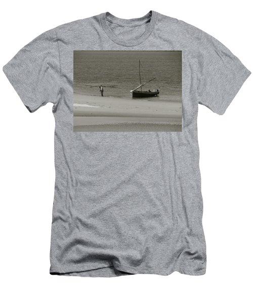 Lamu Island - Wooden Fishing Dhow Getting Unloaded - Black And White Men's T-Shirt (Slim Fit) by Exploramum Exploramum