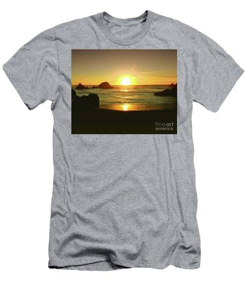 Lands End Sunset-the Golden Hour Men's T-Shirt (Athletic Fit)