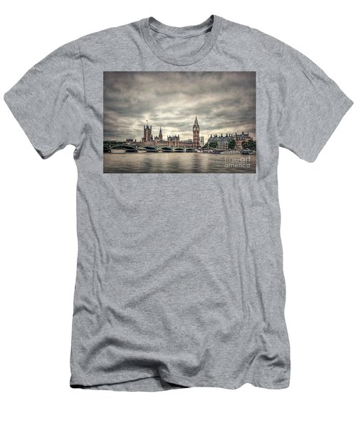 Lay Back And Think Of England Men's T-Shirt (Athletic Fit)