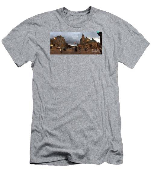 Le Plateau Men's T-Shirt (Athletic Fit)