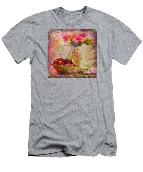 Les Fraises Et Les Fleurs 2015 Men's T-Shirt (Athletic Fit)