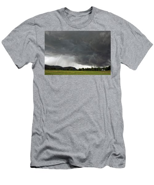 Lightning Strike On Tyringham Plain Men's T-Shirt (Athletic Fit)
