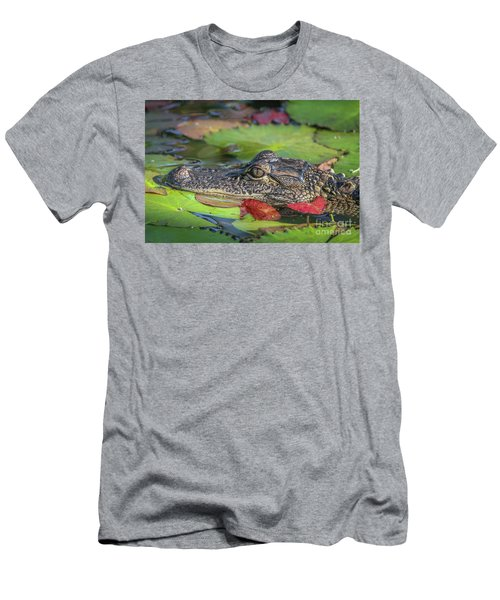 Lily Pad Gator Men's T-Shirt (Athletic Fit)