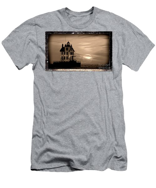 Lorain Lighthouse - Lake Erie - Lorain Ohio Men's T-Shirt (Athletic Fit)