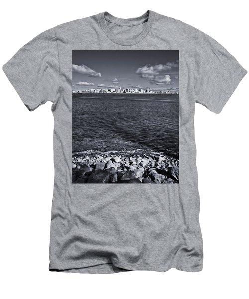 Madison Skyline - Black And White Men's T-Shirt (Athletic Fit)