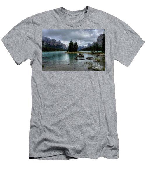 Maligne Lake Spirit Island Jasper National Park Alberta Canada Men's T-Shirt (Athletic Fit)