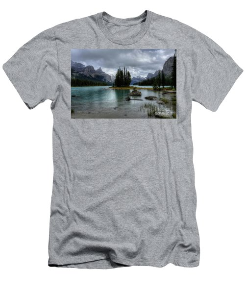 Maligne Lake Spirit Island Jasper National Park Alberta Canada Men's T-Shirt (Athletic Fit)