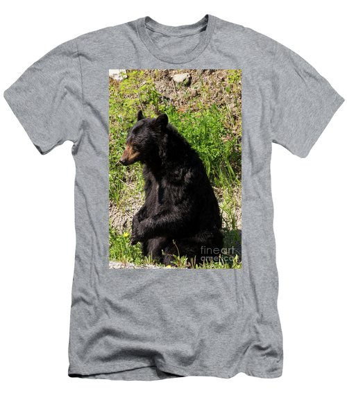Mama Black Bear Men's T-Shirt (Athletic Fit)