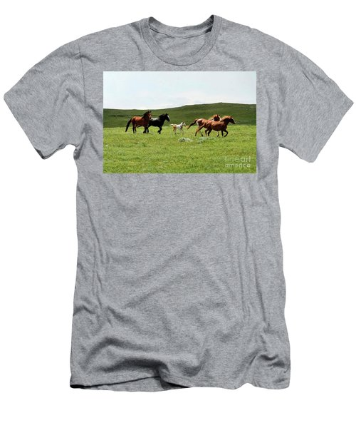 Mama's Little Foal Men's T-Shirt (Athletic Fit)