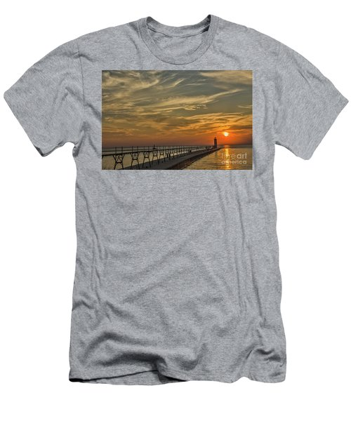 Manistee North Pierhead Lighthouse Men's T-Shirt (Athletic Fit)