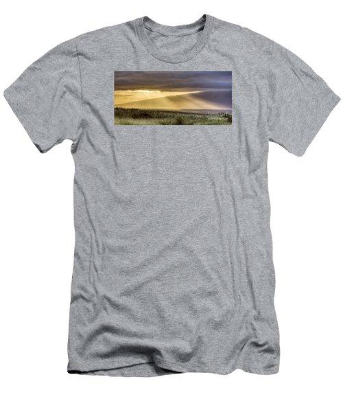 Maui Sunset God Rays Men's T-Shirt (Athletic Fit)