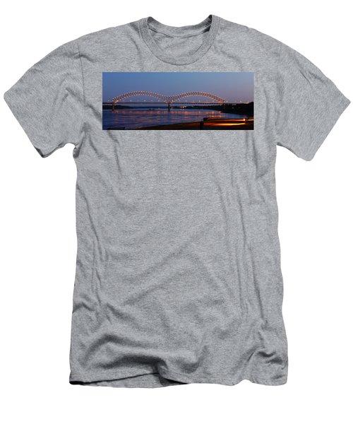 Memphis - I-40 Bridge Over The Mississippi 2 Men's T-Shirt (Athletic Fit)
