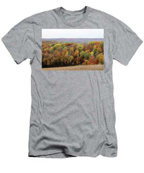 Michigan Autumn Men's T-Shirt (Athletic Fit)