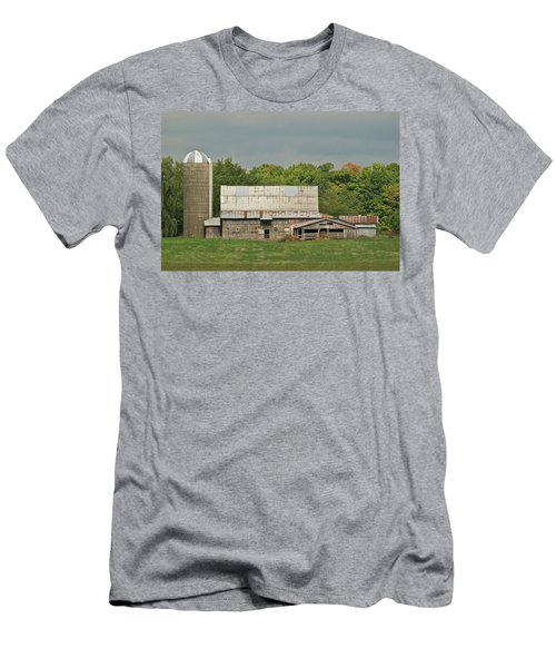 Michigan Dairy Barn Men's T-Shirt (Athletic Fit)