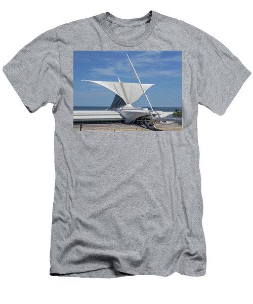 Milwaukee Art Museum2 Men's T-Shirt (Athletic Fit)