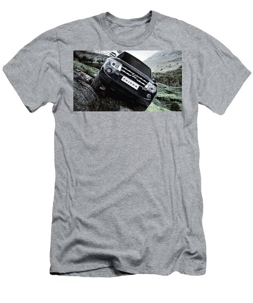 Mitsubishi Pajero Men's T-Shirt (Athletic Fit)