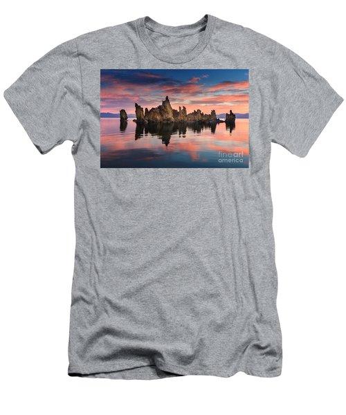Mono Lake Men's T-Shirt (Athletic Fit)